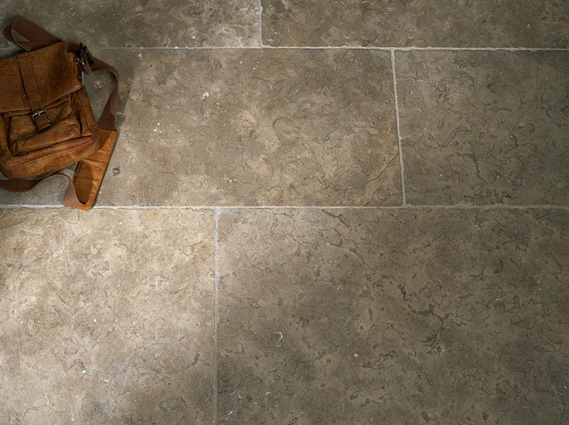 Traditional Flagstone flooring tiles
