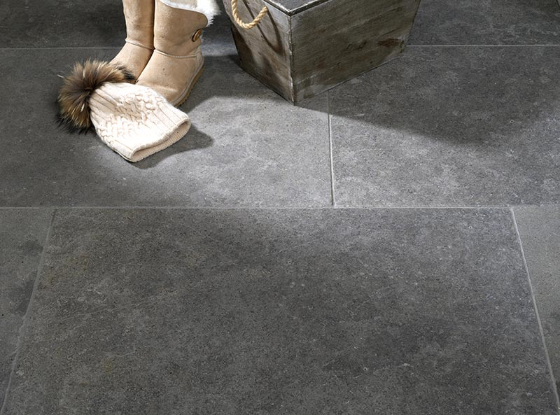 Lanesborough Grey Limestone Flagstones